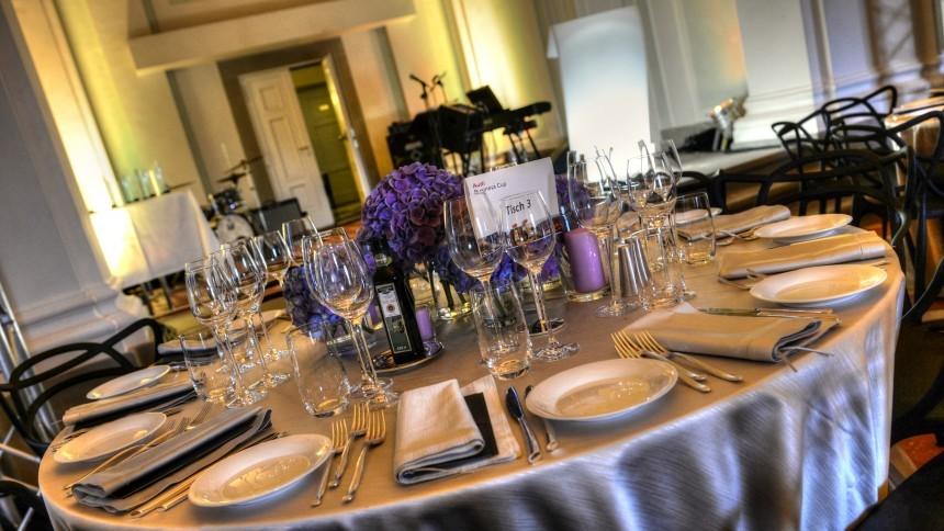 4.gala_dinner_tuscany_.jpg