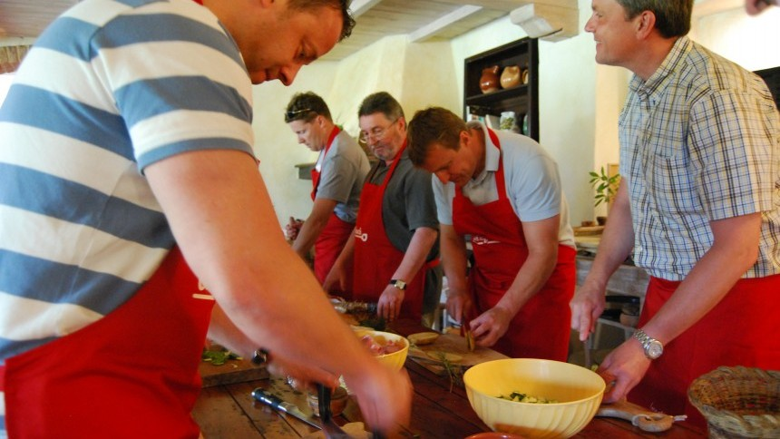 6.cooking_class_incentive_tuscany_vet_dmc_.JPG