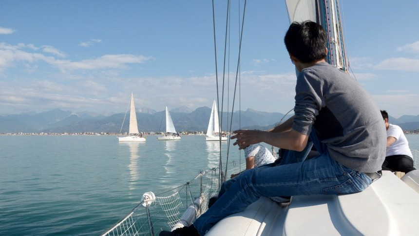 sailing-in-versilia4.jpg