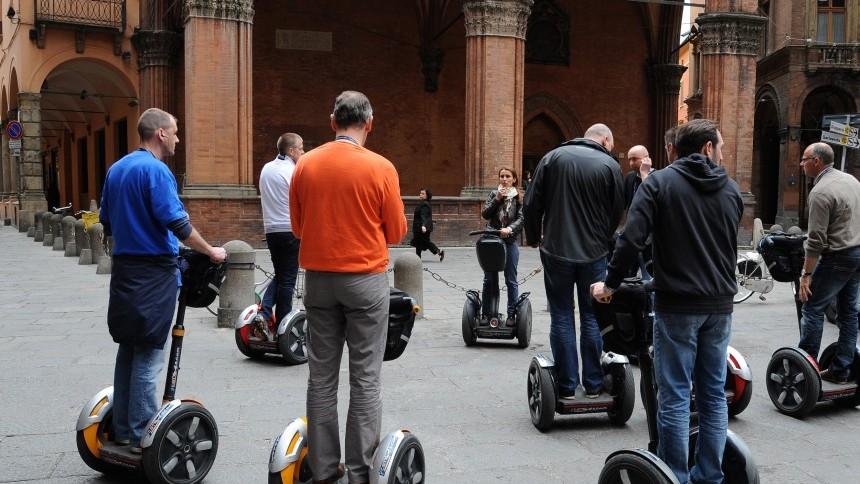 segway_tour_in_Bologna.JPG